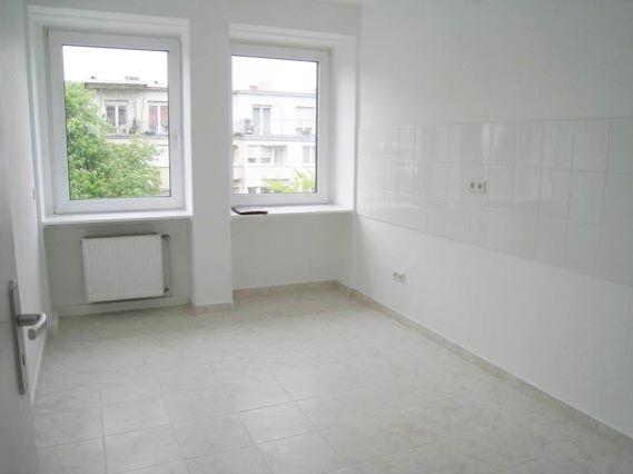 angebote miete ludwigshafen ruhige innenstadt lage komplett renovierte wohnung. Black Bedroom Furniture Sets. Home Design Ideas