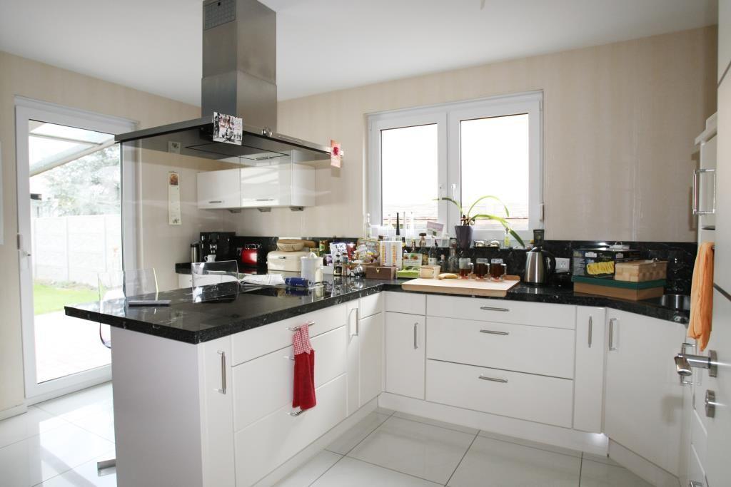 angebote kauf ludwigshafen verkauft neuwertiges einfamilienhaus in sehr guter lage. Black Bedroom Furniture Sets. Home Design Ideas