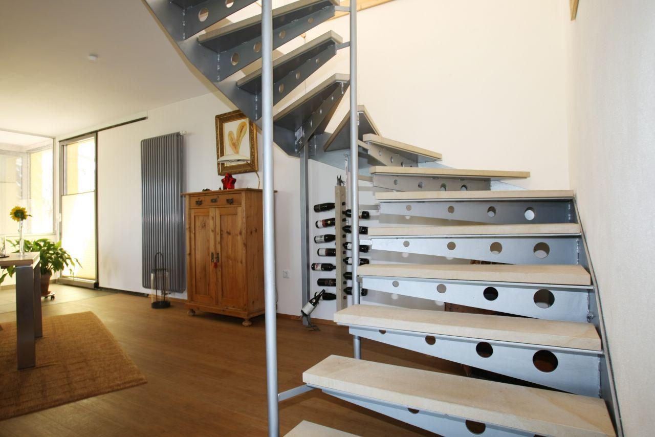 angebote kauf neustadt verkauft tradition trifft. Black Bedroom Furniture Sets. Home Design Ideas